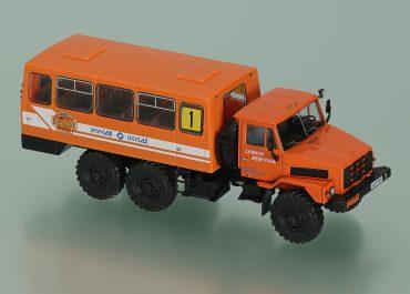 Урал-4322  №1 гос. № 43-09 ЧБФ автобус сопровождения автопробега 1994 года Overland Challenge с кузовом НЗАС-42112 «Буран»