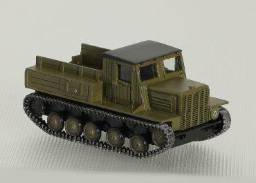 Я-12 легкий артиллерийский тягач