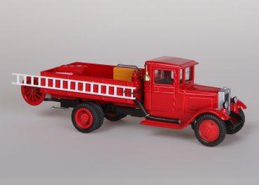 ПМЗ-5 упрощенный пожарный автонасос на шасси ЗиС-5