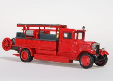 ПМЗ-1 пожарный автонасос-линейка на шасси ЗиС-11