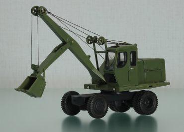 Э-302, 302А, 302Б, 302БС колёсный тросовой экскаватор с прямой лопатой