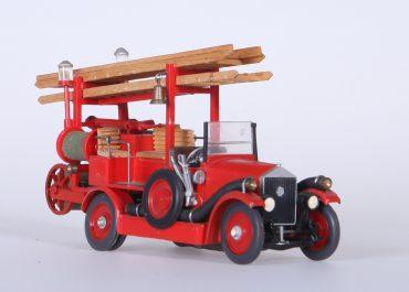Пожарный автонасос-линейка на шасси АМО Ф-15