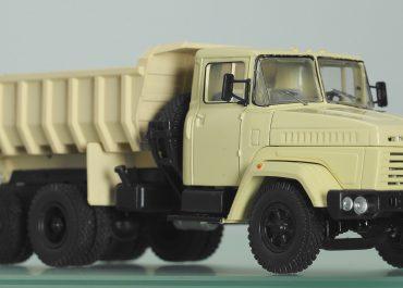 КрАЗ-6510 карьерно-строительный самосвал