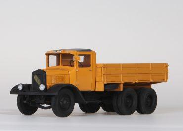 ЯГ-10 № 21 бортовой грузовик с дизелем Beardmore для автопробега Москва — Тифлис — Москва