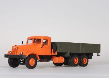 КрАЗ-257 бортовой грузовик