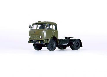 МАЗ-504А среднемагистральный седельный тягач