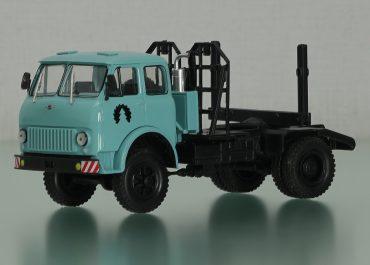 МАЗ-509П лесовозный тягач для вывозки леса