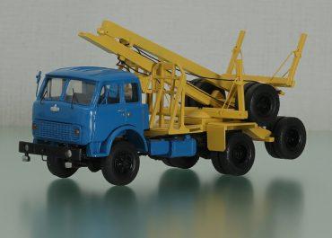 МАЗ-509А лесовозный тягач с роспуском ТМЗ-803 (ГКБ-9383)