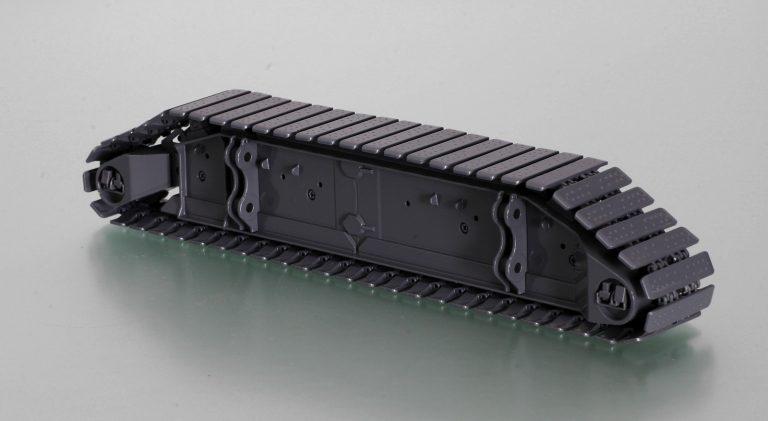 Caterpillar carrier with metal chain Crawler crane DEMAG CC8800