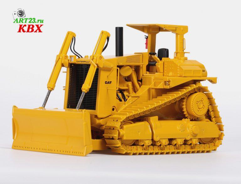 Caterpillar D10 Crawler Tractor with push blade
