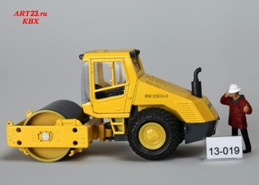 BOMAG BW 213 D-3 Single Drum Vibratory Roller