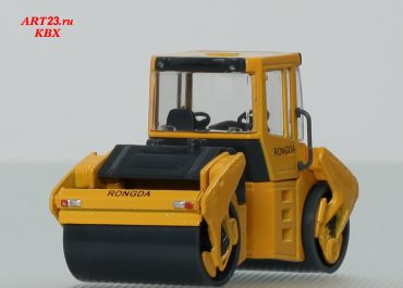 BOMAG BW 202 AD-4 tandem articulated vibratory roller