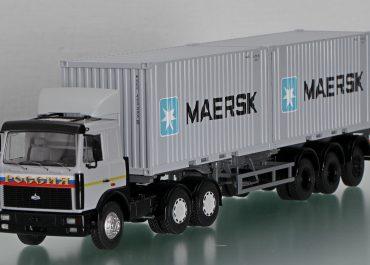 МАЗ-64229 магистральный седельный тягач с полуприцепом-контейнеровозом МАЗ-9389