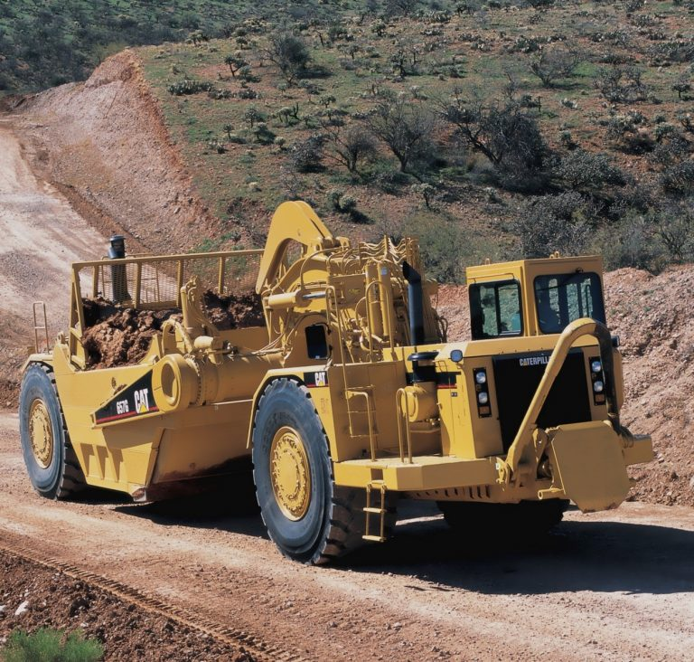 Caterpillar 657G wheel tractor-Scraper
