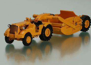 "Caterpillar DW10 6V series 4х2 wheel truck with Scraper La Plant Choate CW-10 ""Carrimor"""