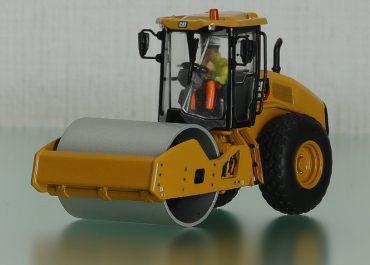 Caterpillar CS11 GC Single Drum Vibratory Roller