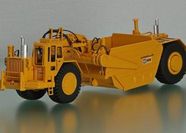 Caterpillar 657B wheel truck Cat D346 550 HP, articulated Scraper Cat 666B