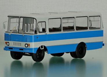 Таджикистан-5, 3205 автобус с кузовом вагонного типа на шасси ЗиЛ-130/431412