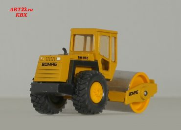 BOMAG BW 213 D single-drum wheel drive vibratory rollers