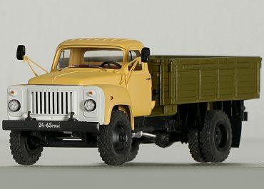 ГАЗ-53-12 бортовой грузовик с деревянной платформой
