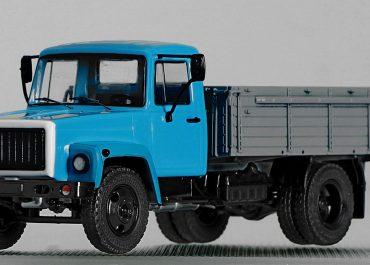 ГАЗ-3307 бортовой грузовик с деревянной платформой