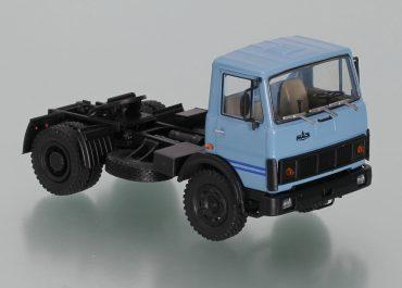МАЗ-5433 седельный тягач для буксировки полуприцепов на короткие расстояния