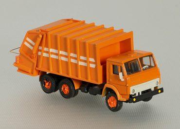 КО-427 мусоровоз задней загрузки на шасси КамАЗ-53213