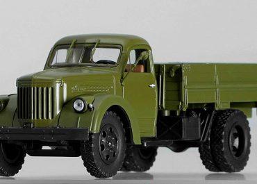Урал-355М бортовой грузовик
