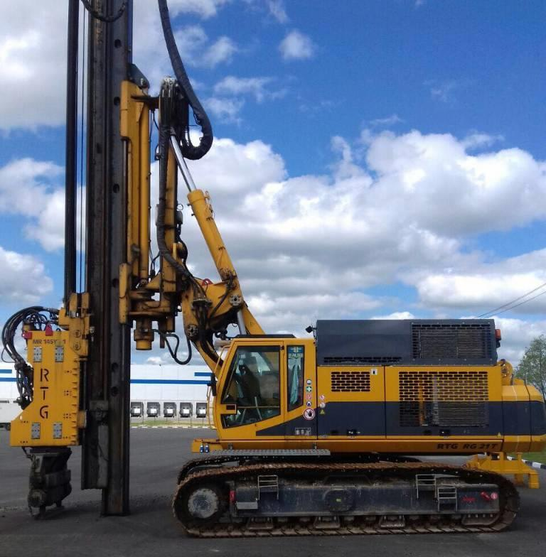 RTG RG 21T Pile driver with telescopic leader