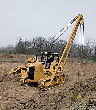 Caterpillar PL61 crawler pipelayer