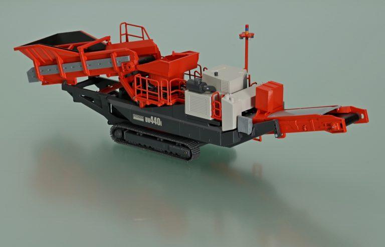 Sandvik UH440i Mobile Crushing Unit