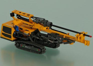 Klemm KR 806-3GS crawler drill rig