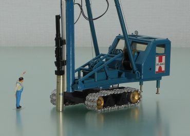 DELMAG GR18 crawler drilling rig