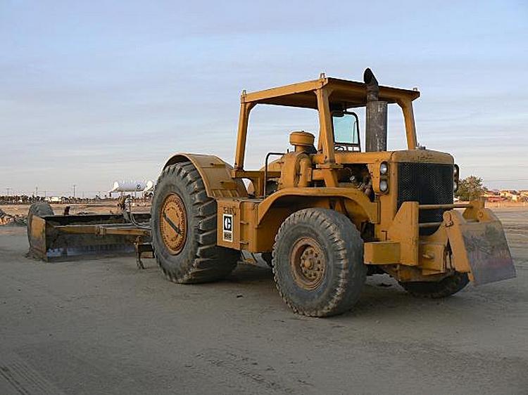 Caterpillar 660 Coal hauler, working weight 27.46 tons, 1-axle semi-trailer Athey T Line PH 660