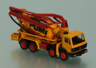 Putzmeister PuMi 24M truck mixer with rotary concrete pump with boom