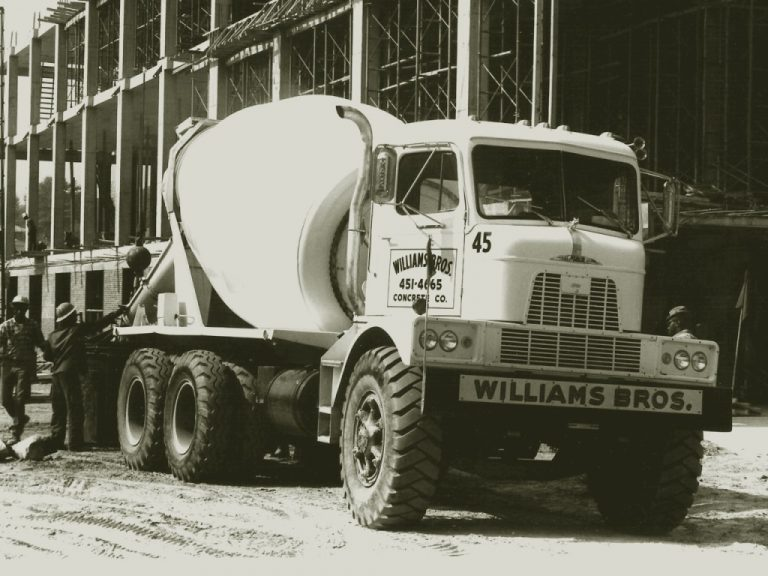 Mack H-81 truck mixer