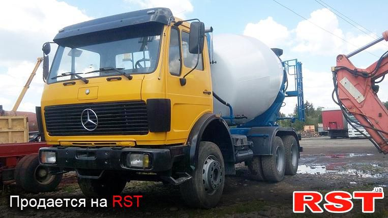 Liebherr HTM 602 truck mixer