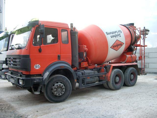 Stetter AM-7FH «Readymix» truck mixer