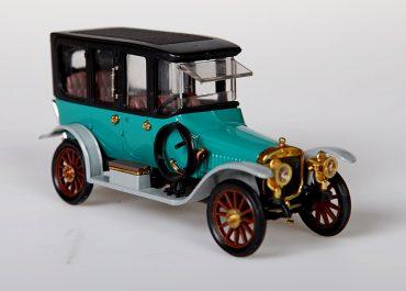 Руссо-Балт С24-40 XIII серии автомобиль с кузовом лимузин