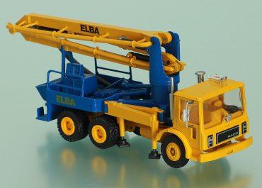 Elba – Scheele Model 28 truck-mounted concrete pump with boom