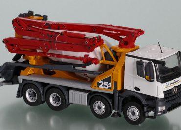 Putzmeister Pumi 25-4 truck mixer with concrete pump and boom