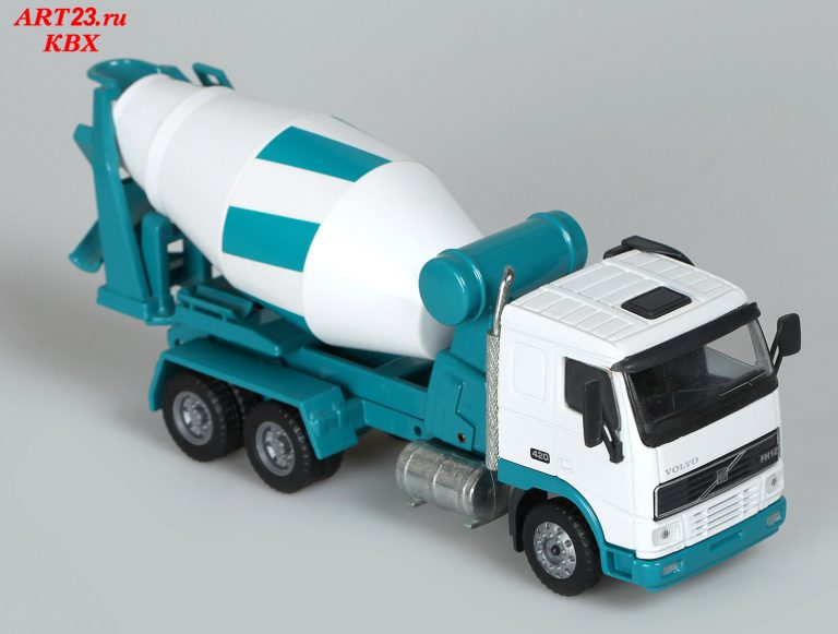 Intermix IMI8 cement mixer