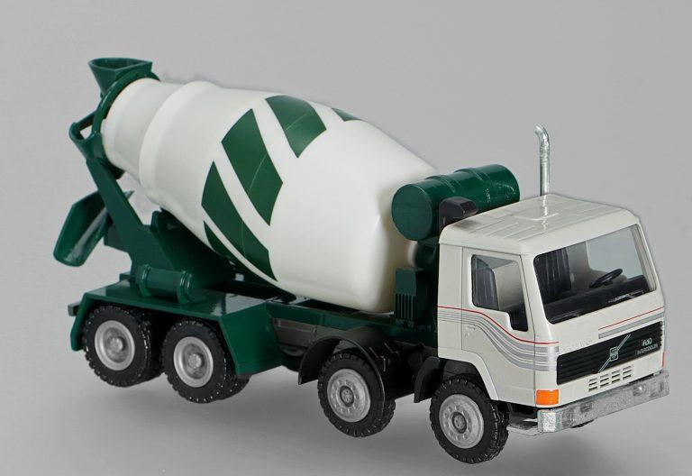 Stetter AM-9FHN truck mixer