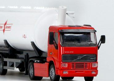 Volvo FH 12.420 articulated bulk powder transporter with semi-trailer-tank Spitzer Eurovrac SK 2740 CAL