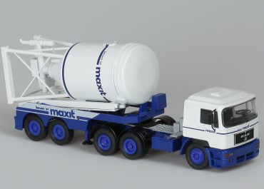 MAN F 2000 26.463 FLS «Maxit» truck tractor with 2-axle semi-trailer