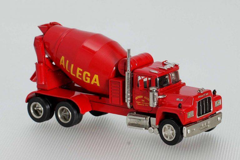 Mack RD600SX «Anthony Allega» truck mixer