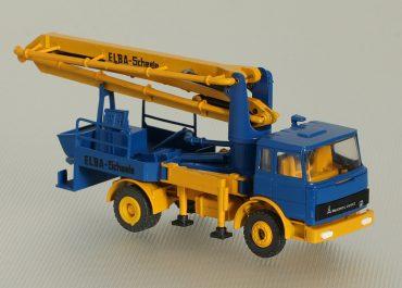 Elba — Scheele truck-mounted concrete pump with boom