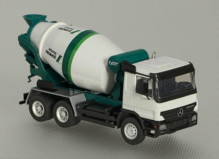 Schwing Stetter AM-7FHС truck mixer