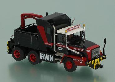Faun HZ 36.40/45 Magirus-Deutz «Mammoet/van Saumeren» heavy hauler with a winch and crane Palfinger PK 6500 AH 2