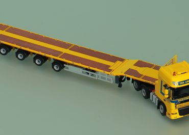 DAF XF 105 FTG 105.510 SSC «Ter Linden» truck tractor with 4-axle telescopic semi-trailer Nooteboom, telestep+ wing
